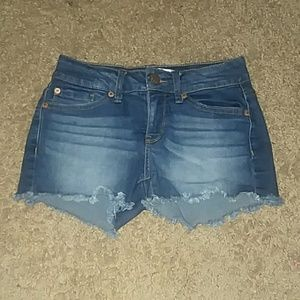 Junior's shorts (Size 3)